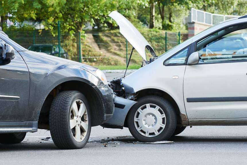 Если попали в аварию - что делать, чтобы получить страховку